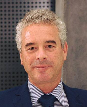 Prof. Dr.-Ing. Valentin Plenk - Leiter des Instituts für Informationssysteme (iisys)