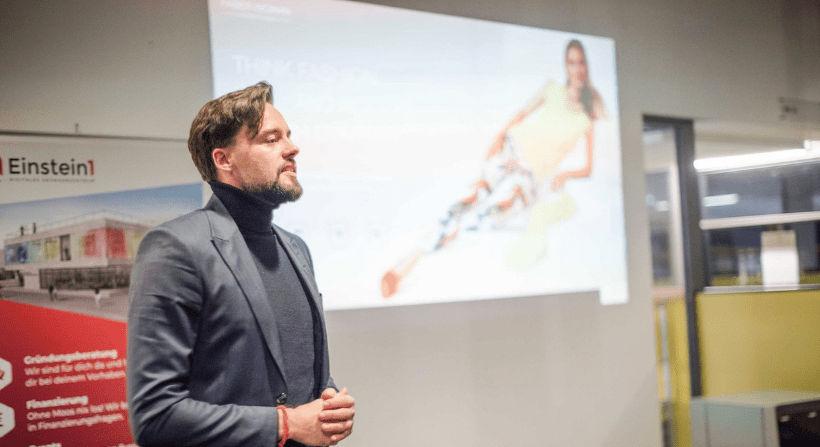Maurice Faber im Gründercafe von Einstein1 am Digital Donnerstag